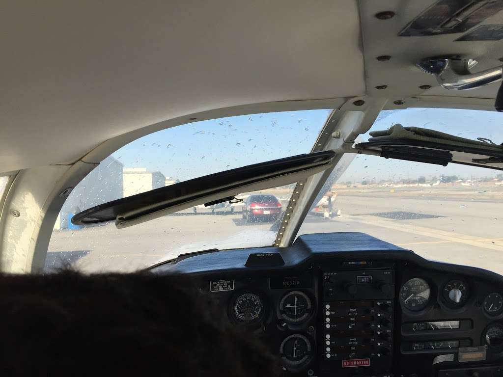 Compton/Woodley Airport - airport  | Photo 7 of 10 | Address: 901 W Alondra Blvd, Compton, CA 90220, USA | Phone: (310) 631-8140