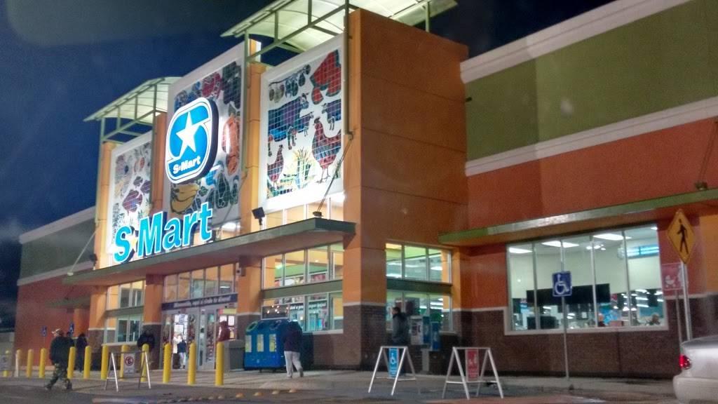 S-Mart - supermarket    Photo 1 of 10   Address: Av Santiago Troncoso # 1701, Parajes de Oriente, 32575 Cd Juárez, Chih., Mexico   Phone: 656 701 6260