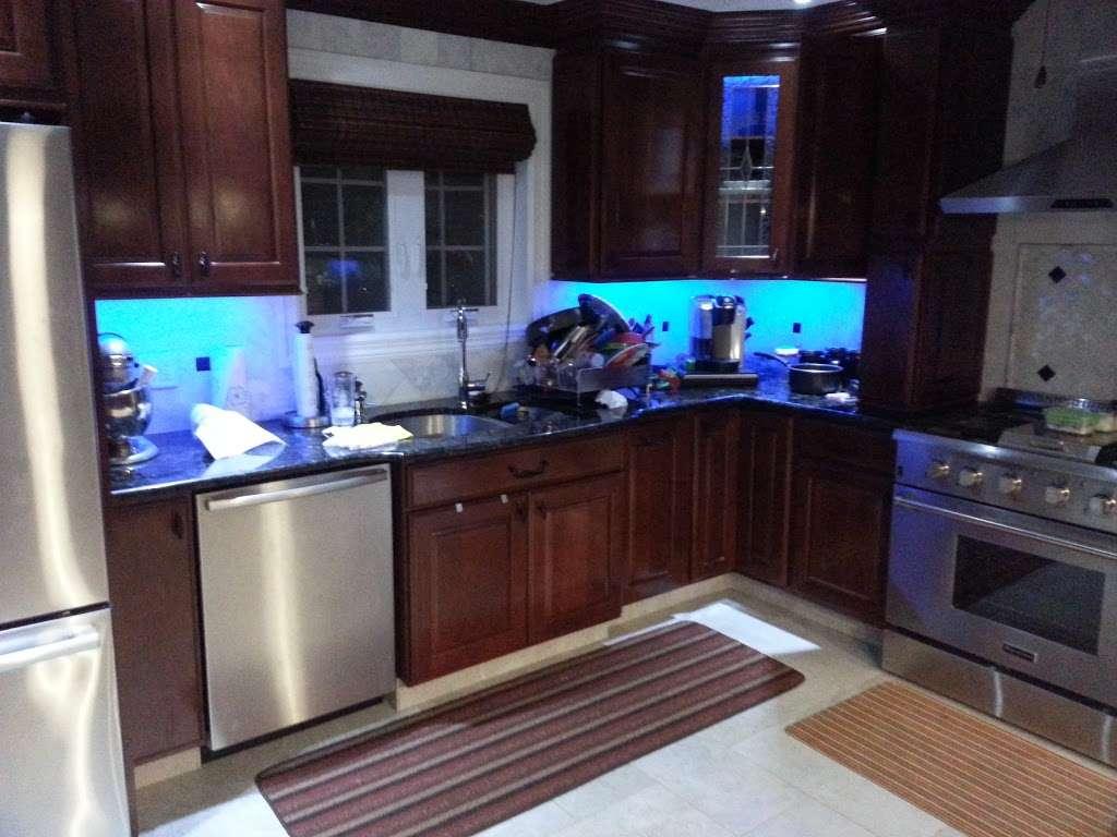 Haddad Electric LLC - electrician  | Photo 6 of 10 | Address: 300 Washington Ave #5, Carlstadt, NJ 07072, USA | Phone: (201) 438-4242