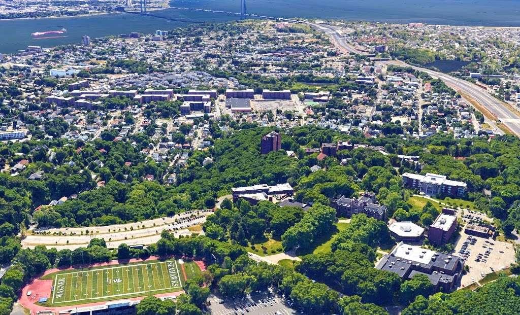 Wagner College - university  | Photo 3 of 10 | Address: 1 Campus Rd, Staten Island, NY 10301, USA | Phone: (718) 390-3100