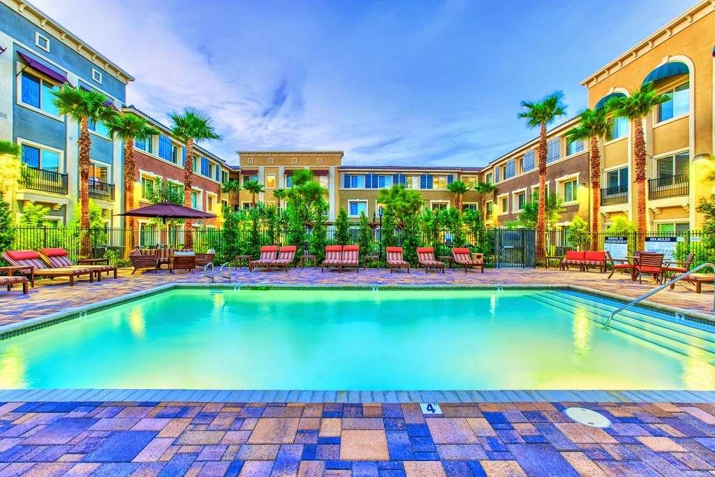 Tempo Senior Apartments - real estate agency  | Photo 6 of 10 | Address: 5625 S Hollywood Blvd, Las Vegas, NV 89122, USA | Phone: (702) 990-2771