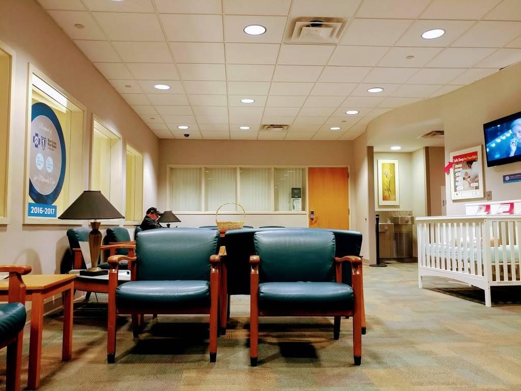 Henry Ford Wyandotte Hospital - hospital  | Photo 5 of 10 | Address: 2333 Biddle Ave, Wyandotte, MI 48192, USA | Phone: (734) 246-6000