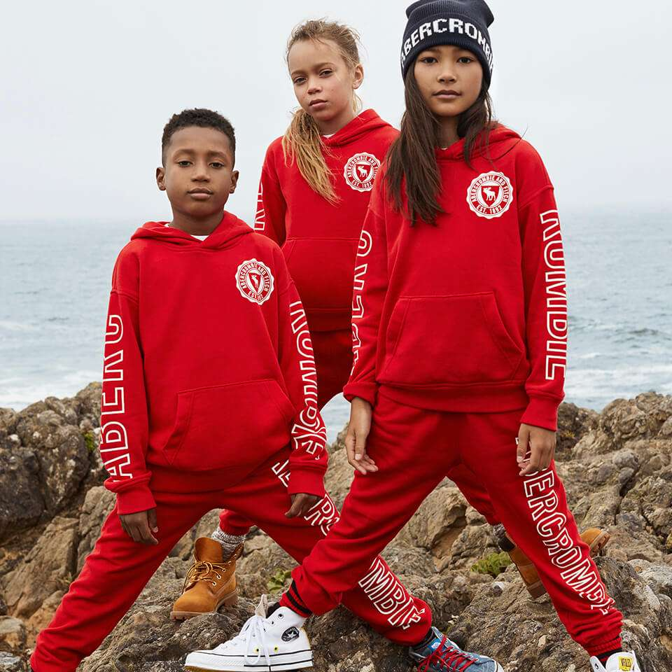 abercrombie kids - shoe store  | Photo 8 of 10 | Address: WATER TOWER, 835 Michigan Avenue #7030, Chicago, IL 60611, USA | Phone: (312) 274-9859
