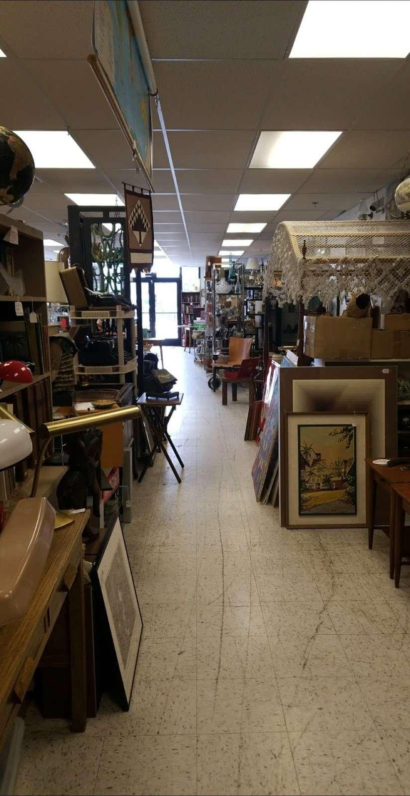 Then Again AZ - art gallery    Photo 7 of 10   Address: 11222 N Cave Creek Rd, Phoenix, AZ 85020, USA   Phone: (602) 903-4922