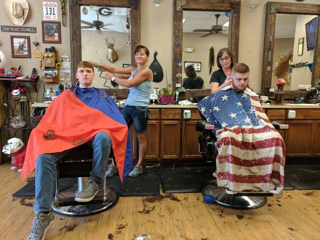 Glyna Maes Barber Shop - hair care  | Photo 10 of 10 | Address: 3250 SE 58th Ave, Ocala, FL 34480, USA | Phone: (352) 694-1500