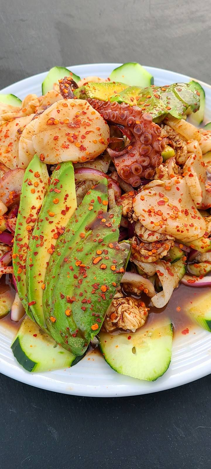 Hijoz de su Madre Mariscos - restaurant  | Photo 8 of 9 | Address: 2497 Riverside Ave, Rialto, CA 92377, USA | Phone: (909) 565-3829