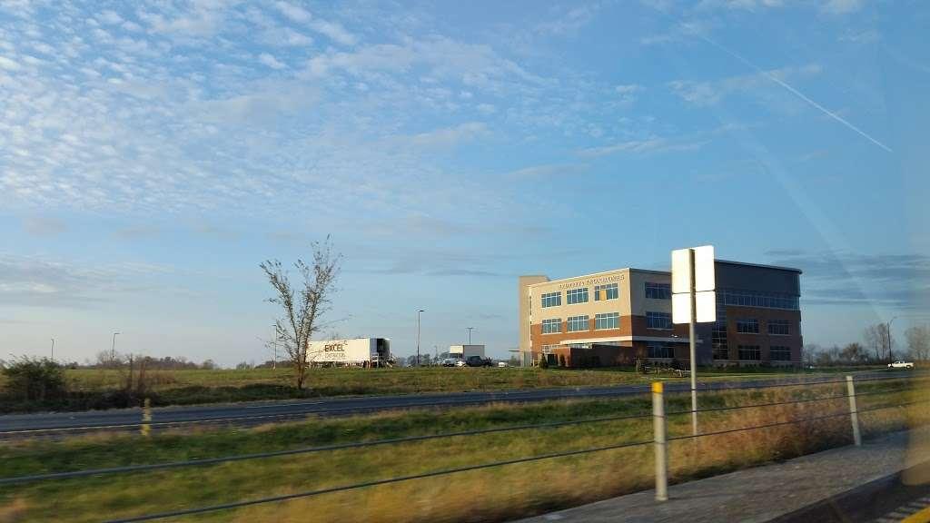 U.S. Dermatology Partners Shoal Creek - doctor  | Photo 8 of 10 | Address: 8380 N Tullis Ave, Kansas City, MO 64158, USA | Phone: (816) 524-4747