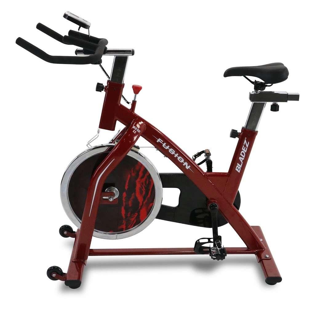 Gym Store - store  | Photo 7 of 10 | Address: 58-89 57th St, Maspeth, NY 11378, USA | Phone: (718) 366-7804