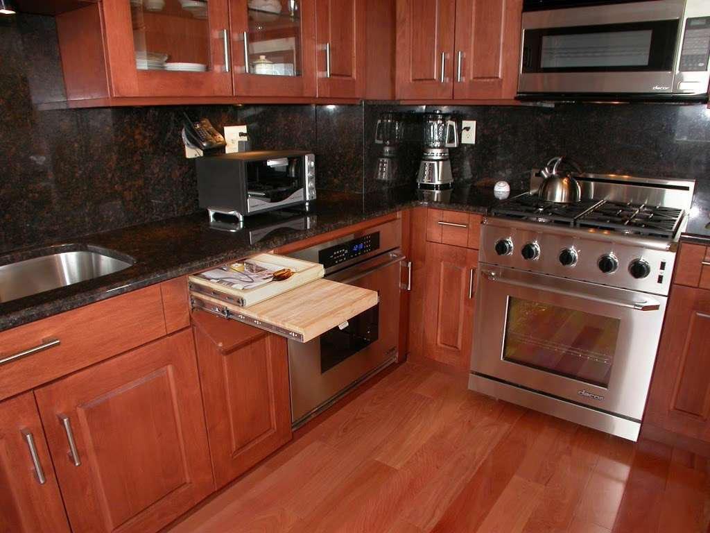 Manor House Cabinetry , Inc. - furniture store  | Photo 4 of 10 | Address: 548 N Midland Ave, Saddle Brook, NJ 07663, USA | Phone: (201) 509-8888