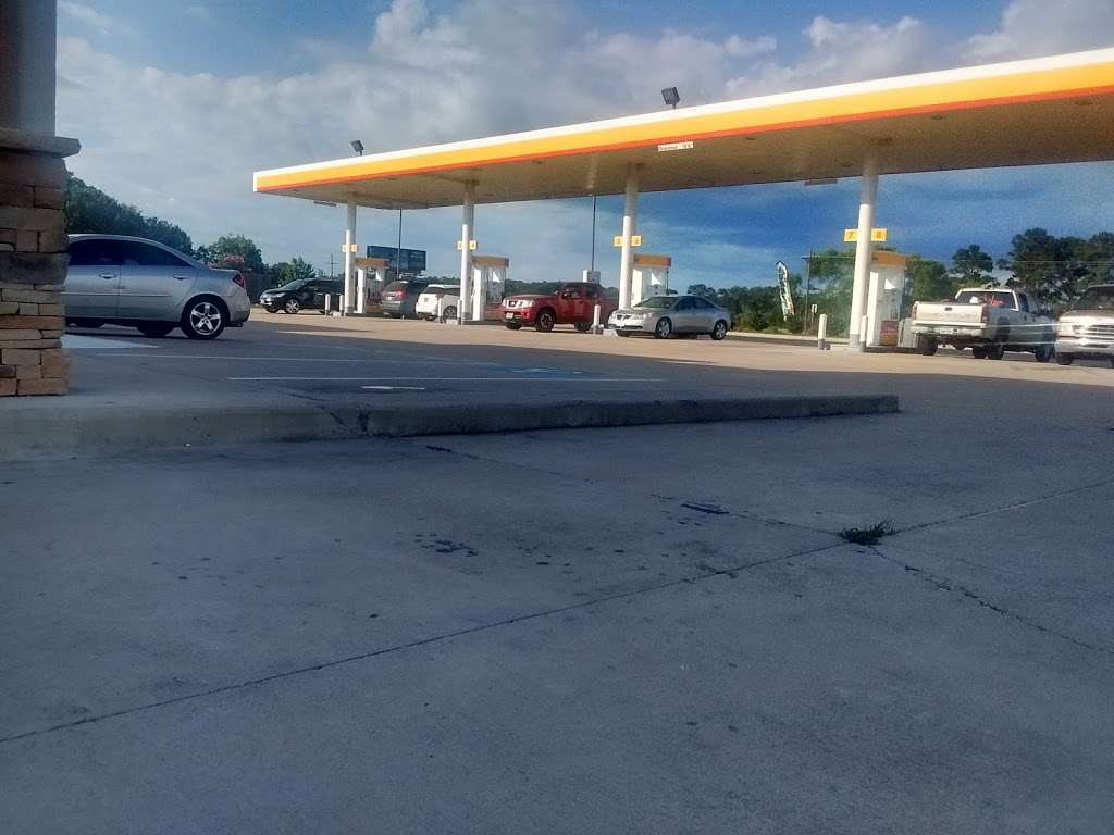 Shell - gas station  | Photo 5 of 10 | Address: 17694 Hwy 6, Navasota, TX 77868, USA | Phone: (936) 825-0397