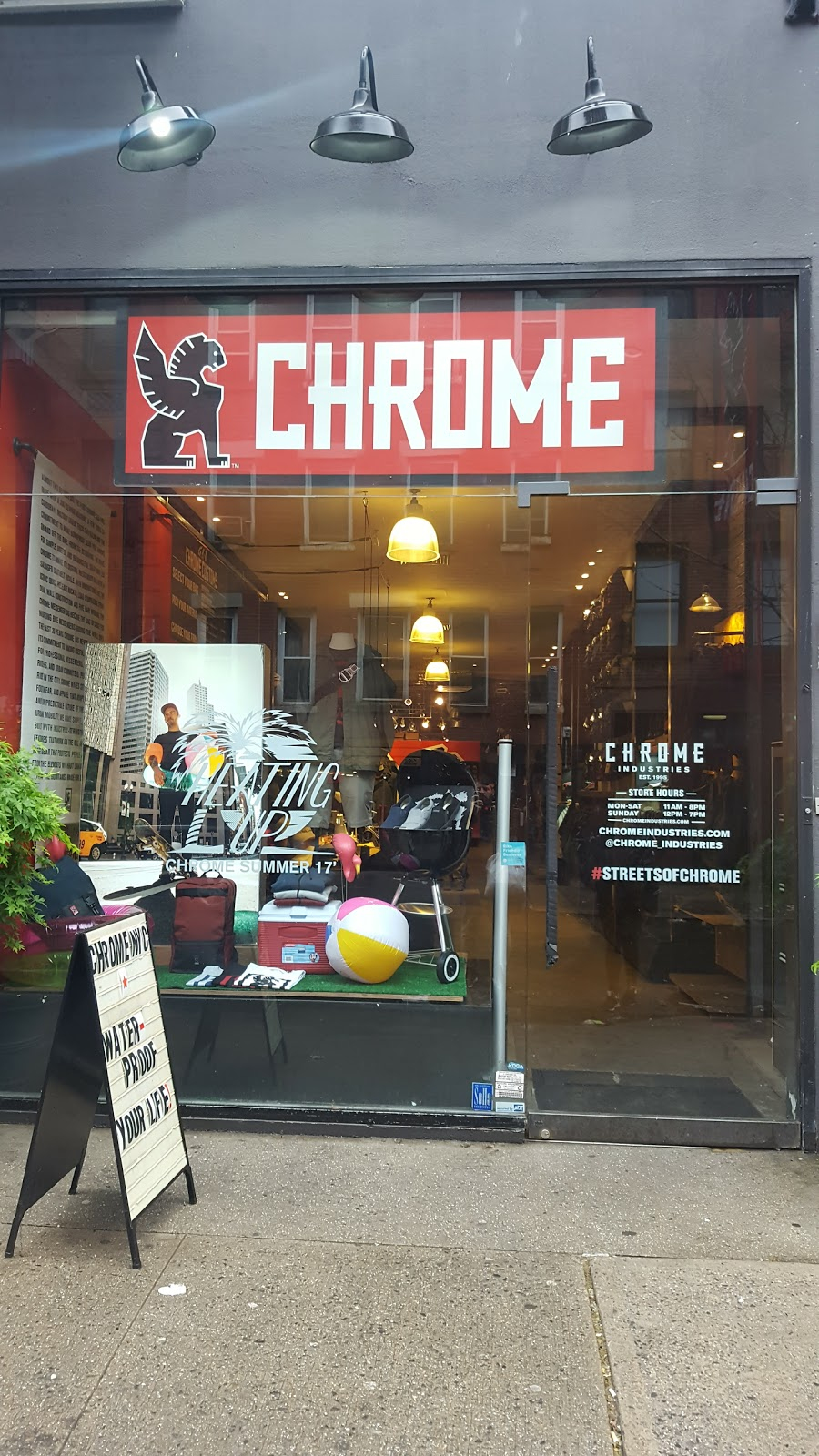 Chrome Industries - New York City - clothing store  | Photo 4 of 10 | Address: 238 Mulberry St, New York, NY 10012, USA | Phone: (646) 792-7835