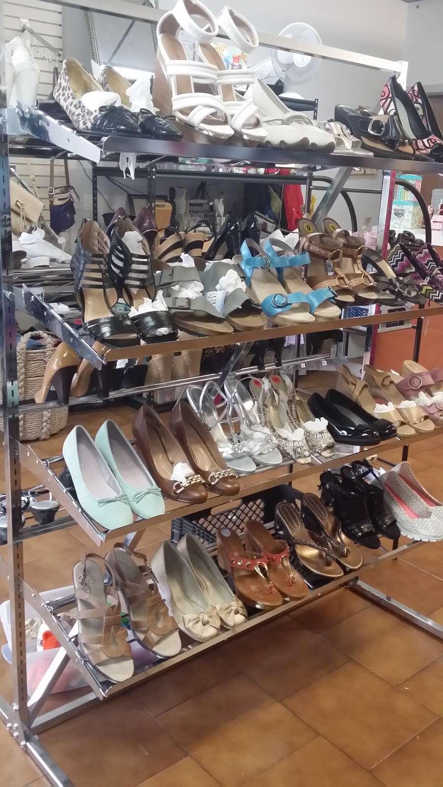 Glow Thrift Shop Store - clothing store  | Photo 4 of 10 | Address: 561 Palisade Ave, Jersey City, NJ 07307, USA | Phone: (646) 399-7397