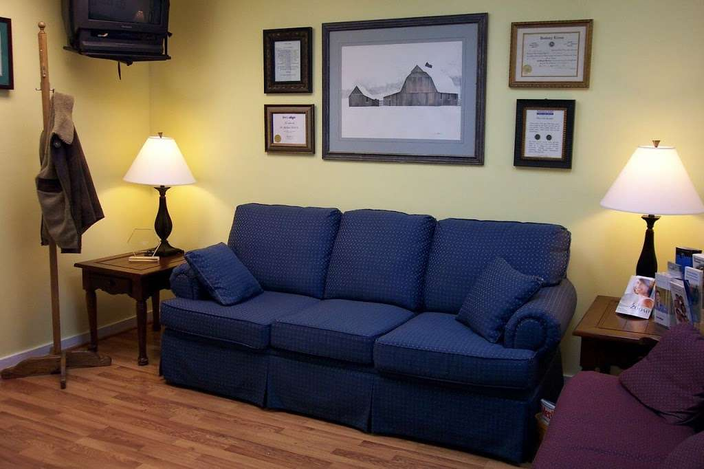 Washington Square Cosmetic & Family Dentistry - dentist    Photo 2 of 10   Address: 830 Mitthoeffer Rd, Indianapolis, IN 46229, USA   Phone: (317) 897-4163