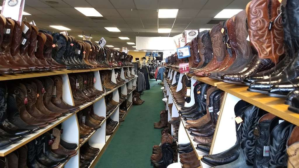 Boot Barn - shoe store  | Photo 5 of 10 | Address: 18420 Hawthorne Blvd, Torrance, CA 90504, USA | Phone: (310) 214-8555