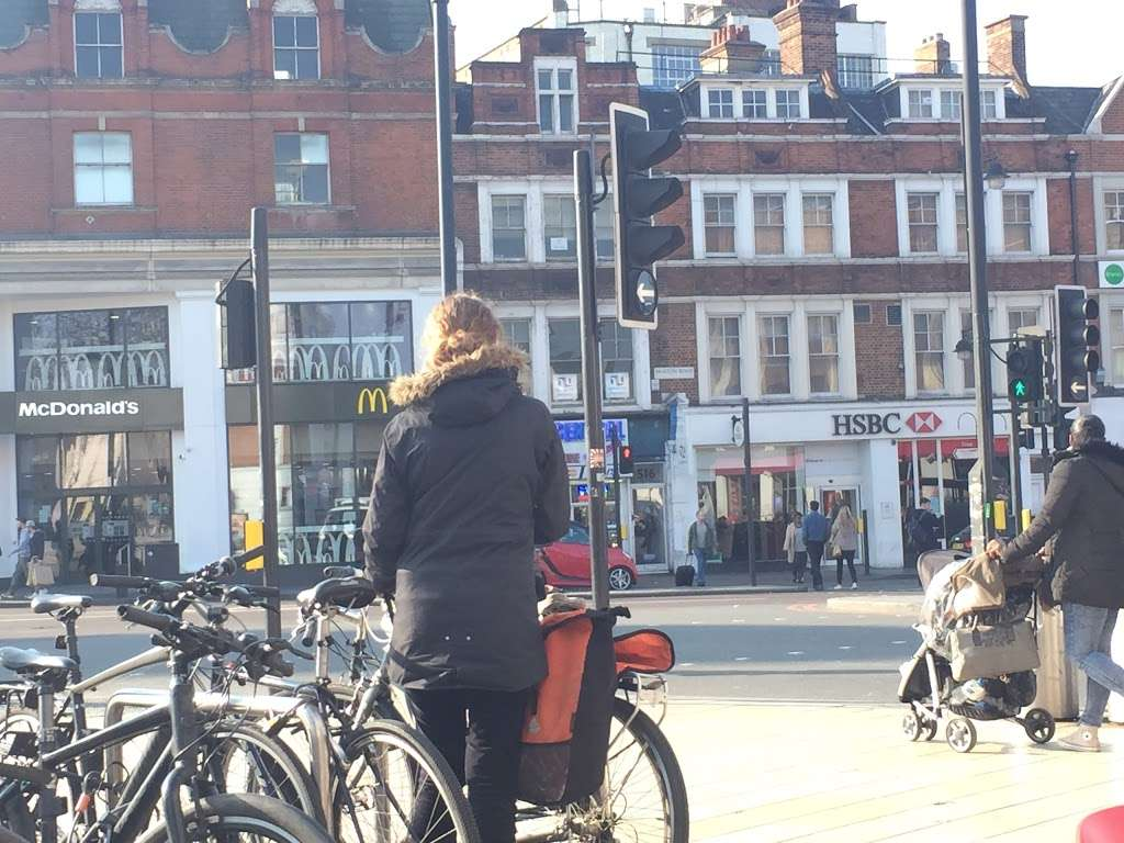 HSBC - Bank | 512 Brixton Rd, Brixton, London SW9 8ER, UK