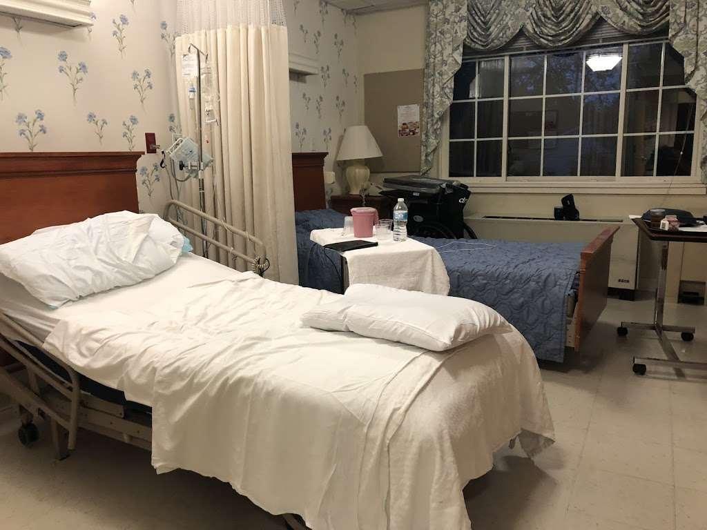 Maywood Center For Health & Rehabilitation - doctor  | Photo 1 of 8 | Address: 100 W Magnolia Ave, Maywood, NJ 07607, USA | Phone: (201) 843-8411