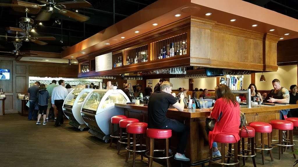 Black Walnut Cafe - cafe  | Photo 2 of 10 | Address: 9000 New Trails Dr, The Woodlands, TX 77381, USA | Phone: (281) 362-1678