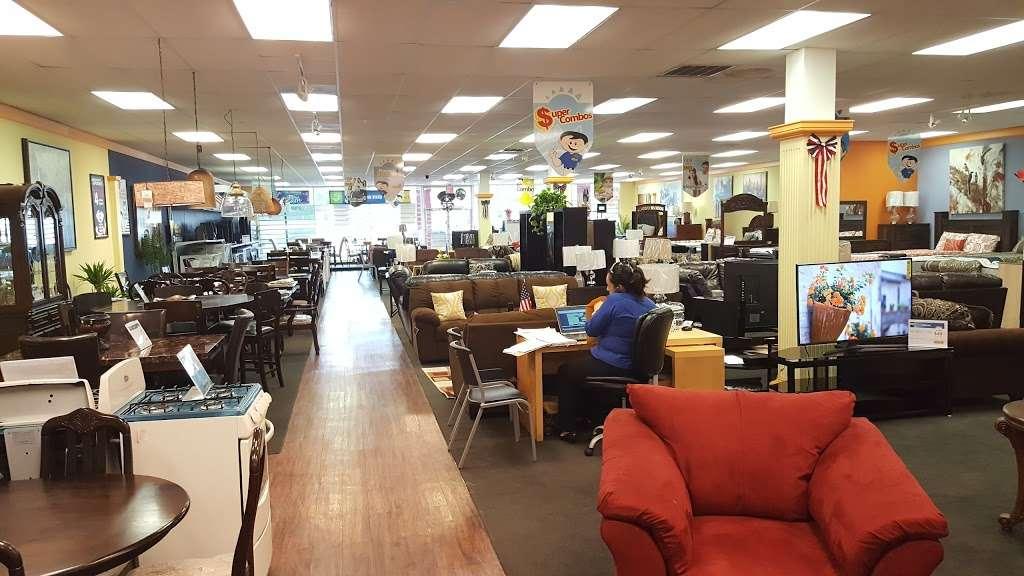 Unicomer - electronics store  | Photo 2 of 10 | Address: 8207 Long Point Rd, Houston, TX 77055, USA | Phone: (713) 465-2245