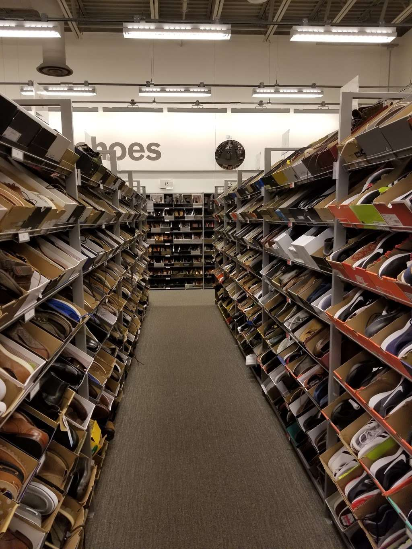 Nordstrom Rack Schererville - clothing store  | Photo 6 of 10 | Address: 185 US-41, Schererville, IN 46375, USA | Phone: (219) 227-3960