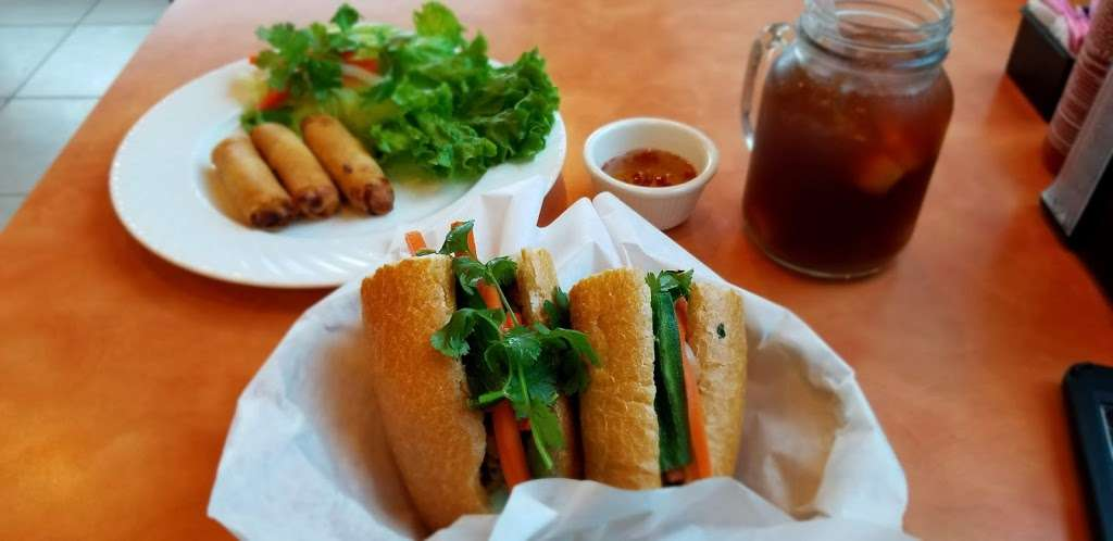 Barclay Asian Grill - restaurant    Photo 4 of 10   Address: 18311 Clay Rd, Houston, TX 77084, USA   Phone: (281) 856-9886