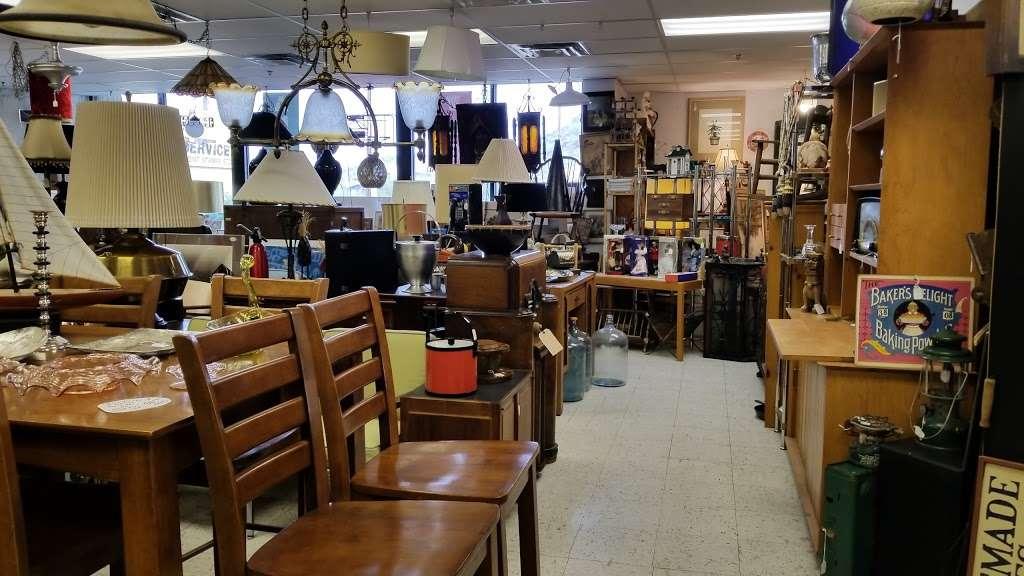 Then Again AZ - art gallery    Photo 1 of 10   Address: 11222 N Cave Creek Rd, Phoenix, AZ 85020, USA   Phone: (602) 903-4922