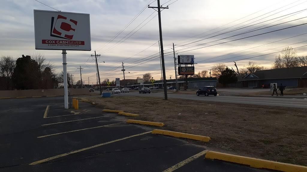 Cox Cash Saver Tulsa - supermarket  | Photo 3 of 10 | Address: 6207 S Peoria Ave, Tulsa, OK 74136, USA | Phone: (918) 749-4732
