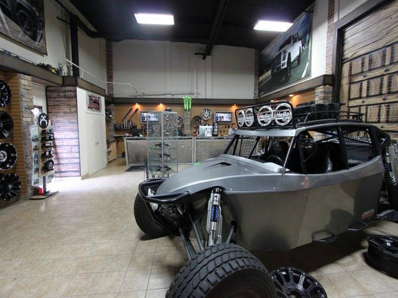 Outlaw Offroad/Off The Grid Equipt - car repair    Photo 3 of 10   Address: 1701 Carnegie Ave, Santa Ana, CA 92705, USA   Phone: (949) 581-5001