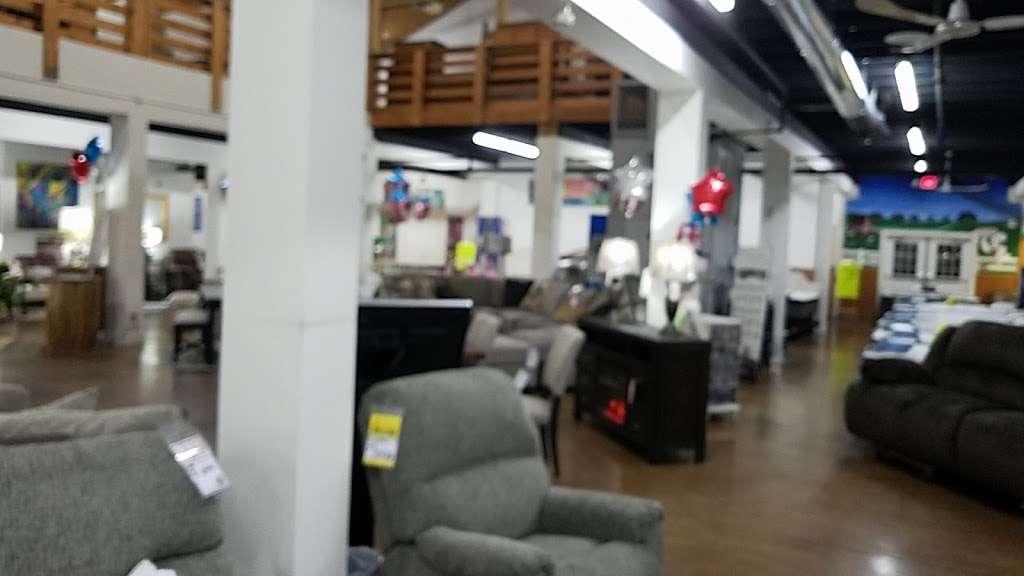 Interstate 69 Furniture - furniture store  | Photo 5 of 9 | Address: 9200 Traders Village Way, Daleville, IN 47334, USA | Phone: (765) 405-1836