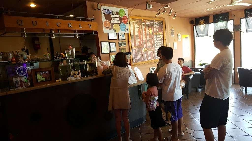 Quickly Cafe - cafe  | Photo 5 of 10 | Address: 171 Live Oak Ave, Arcadia, CA 91006, USA | Phone: (626) 447-2882