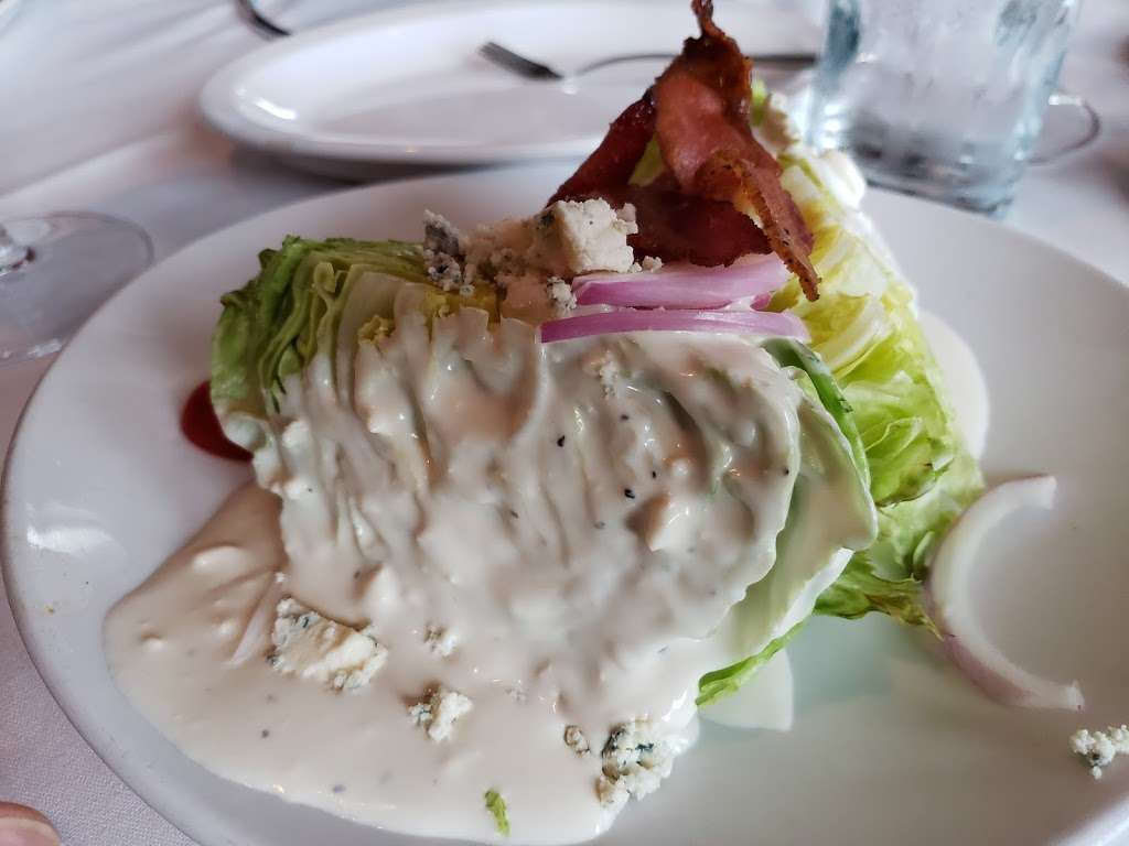 Fleming's Prime Steakhouse & Wine Bar - restaurant  | Photo 9 of 10 | Address: 90 The Promenade, Edgewater, NJ 07020, USA | Phone: (201) 313-9463