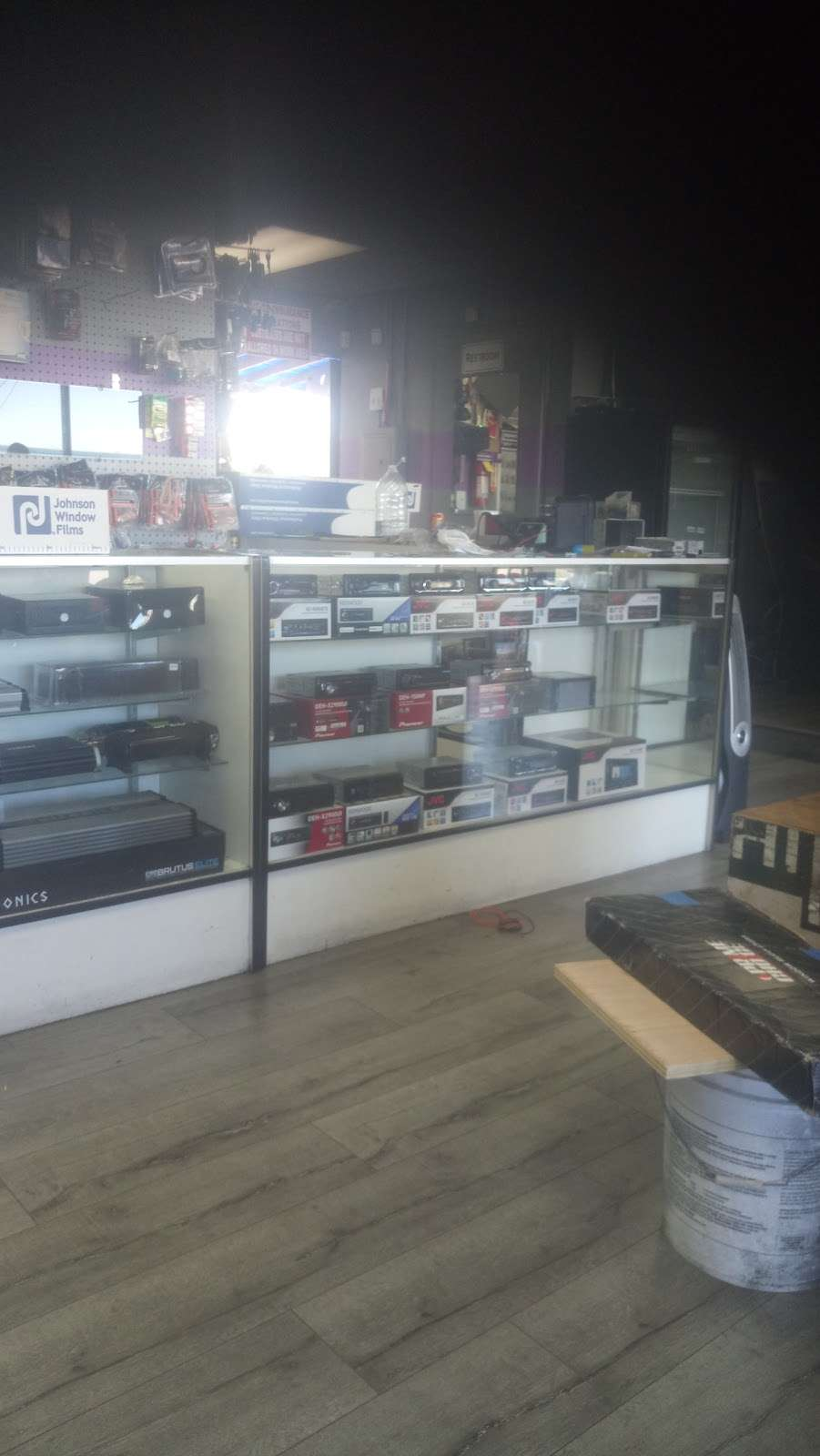 Kreative Audio & Tint - car repair  | Photo 2 of 4 | Address: 4715 Peck Rd, El Monte, CA 91732, USA | Phone: (626) 443-3989