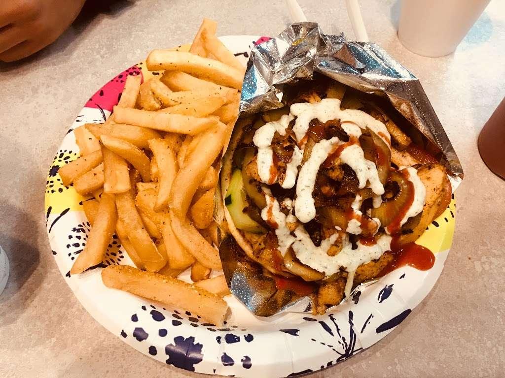 Arslans Gyros - restaurant  | Photo 7 of 10 | Address: 3861 Mission Blvd, San Diego, CA 92109, USA | Phone: (619) 373-0706
