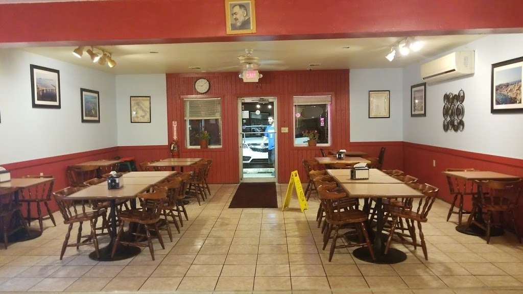 Papa Luigis - meal delivery  | Photo 1 of 10 | Address: 600 W Sherman Ave, Millville, NJ 08332, USA | Phone: (856) 459-2100