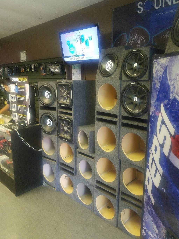 Nuñez Audio - electronics store  | Photo 4 of 9 | Address: 3330 N 35th Ave #2, Phoenix, AZ 85017, USA | Phone: (602) 635-8182
