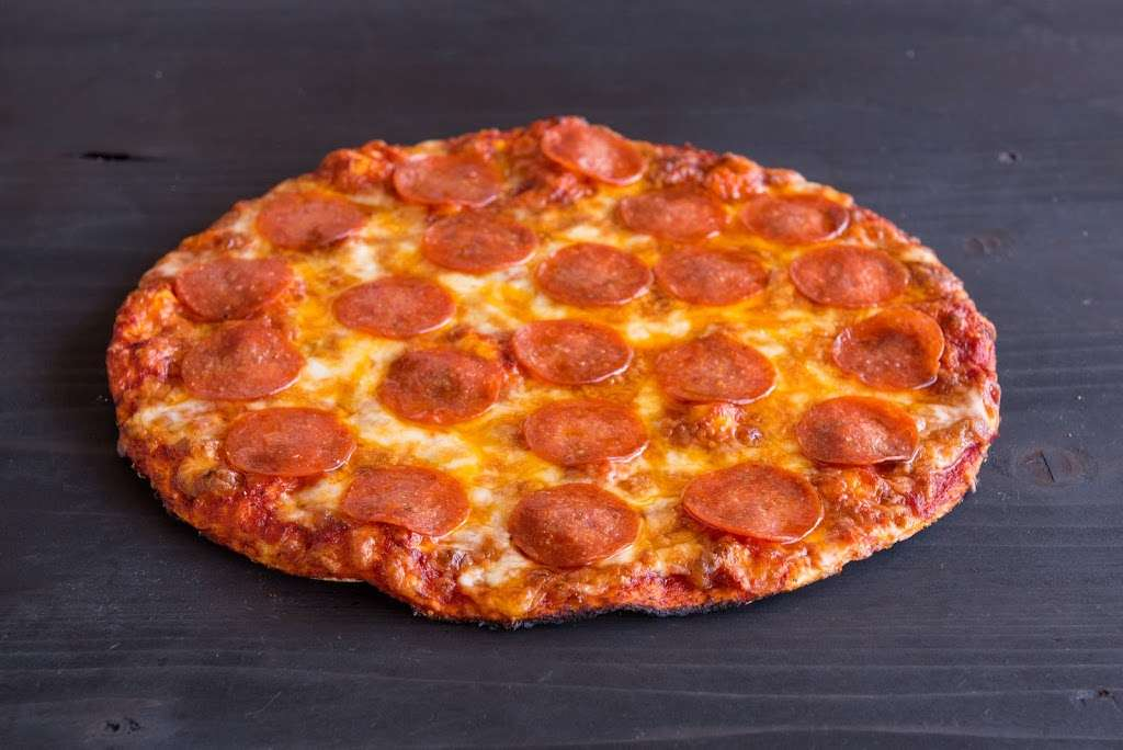 Regular Guys Pizza - restaurant    Photo 5 of 10   Address: 1523 S Bundy Dr, Los Angeles, CA 90025, USA   Phone: (424) 369-5600