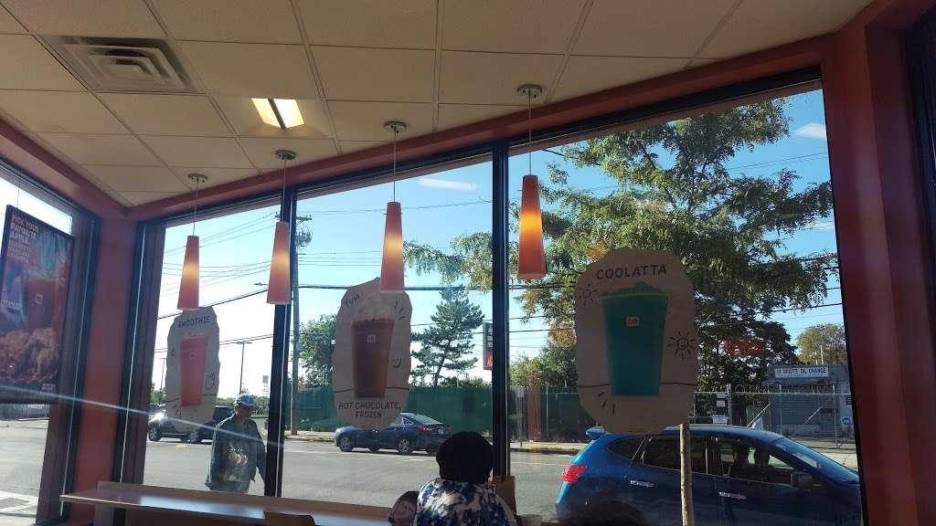 Dunkin Donuts - cafe  | Photo 5 of 10 | Address: 107-11/15 Rockaway Blvd, Ozone Park, NY 11417, USA | Phone: (718) 835-3682