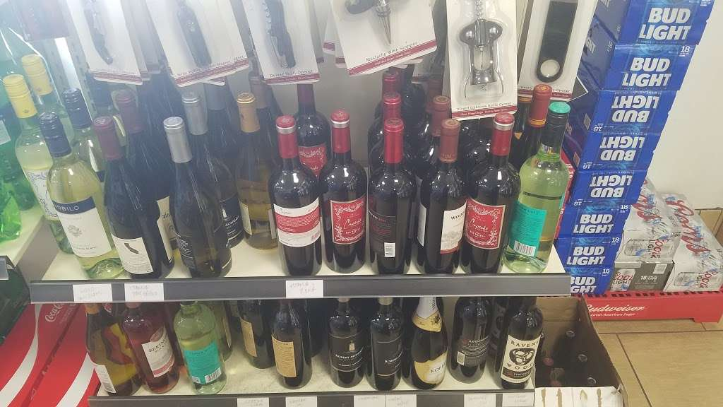7-Eleven - convenience store  | Photo 5 of 10 | Address: 3520 Pacheco Blvd, Martinez, CA 94553, USA | Phone: (925) 372-7806