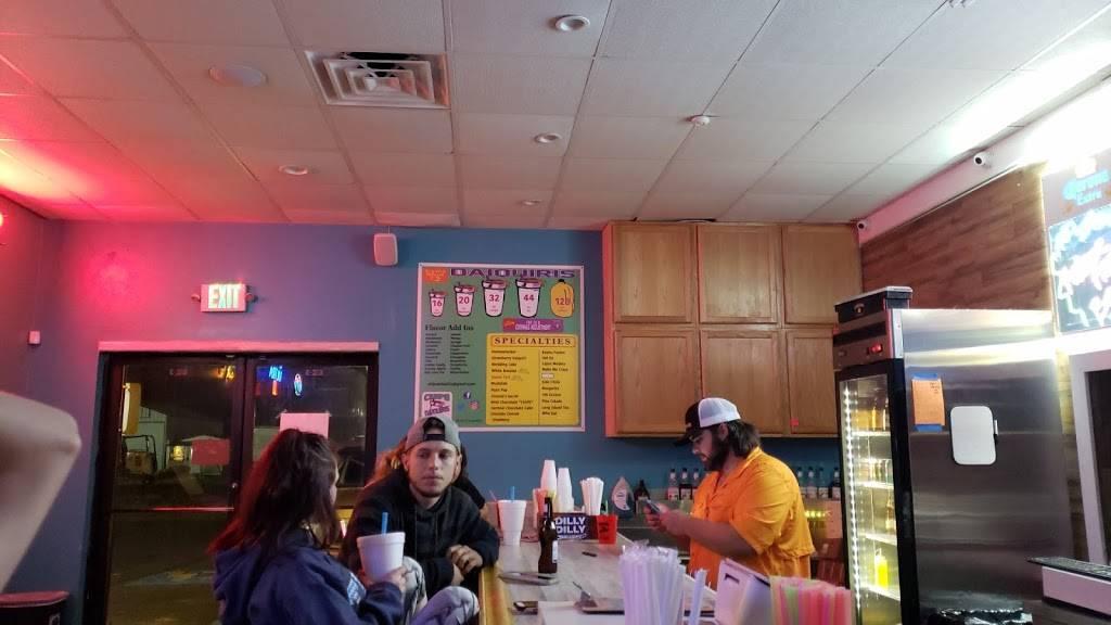 Chips Daiquiris - night club  | Photo 1 of 10 | Address: 38501 State Hwy 42 # D, Prairieville, LA 70769, USA | Phone: (225) 673-6300
