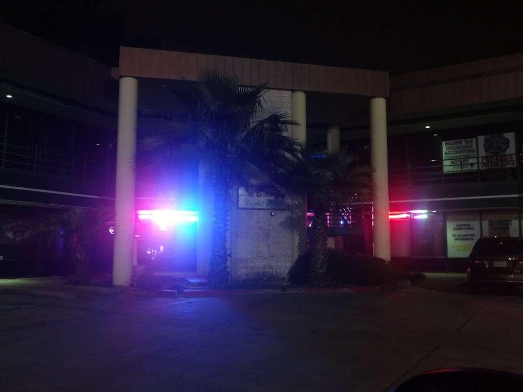 La Bamba Nightclub & Reception - night club  | Photo 6 of 6 | Address: 1712 N Frazier St, Conroe, TX 77301, USA | Phone: (936) 756-3253