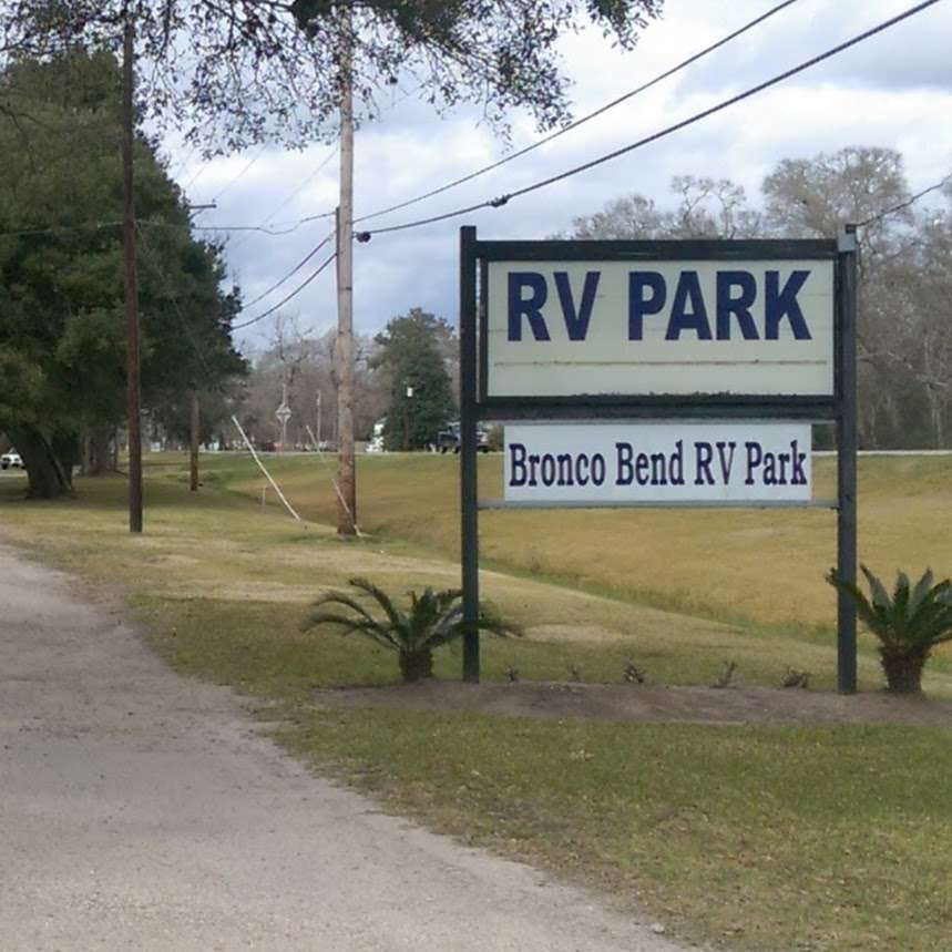 Bronco Bend RV Park - rv park  | Photo 3 of 10 | Address: 2434 TX-36, West Columbia, TX 77486, USA | Phone: (281) 451-4429
