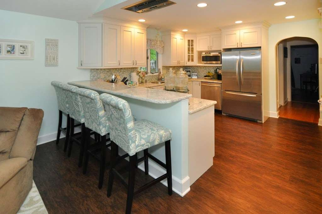 Manor House Cabinetry , Inc. - furniture store  | Photo 1 of 10 | Address: 548 N Midland Ave, Saddle Brook, NJ 07663, USA | Phone: (201) 509-8888