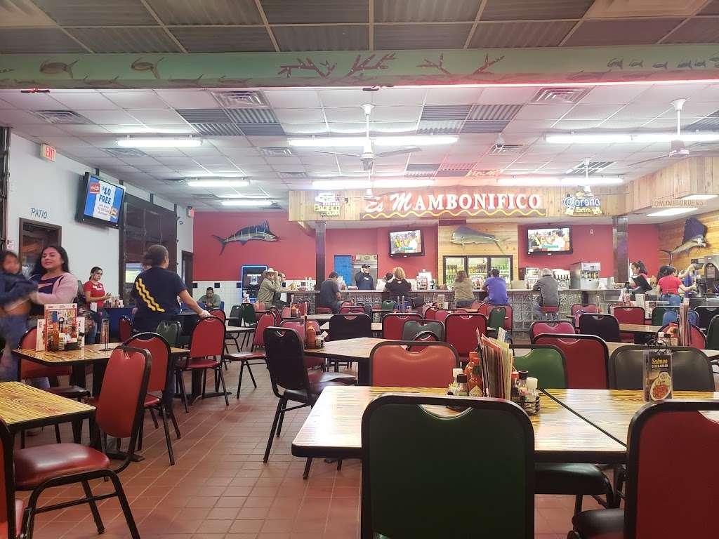 Mambo Seafood - restaurant  | Photo 8 of 10 | Address: 10810 North Fwy, Houston, TX 77037, USA | Phone: (281) 820-3300