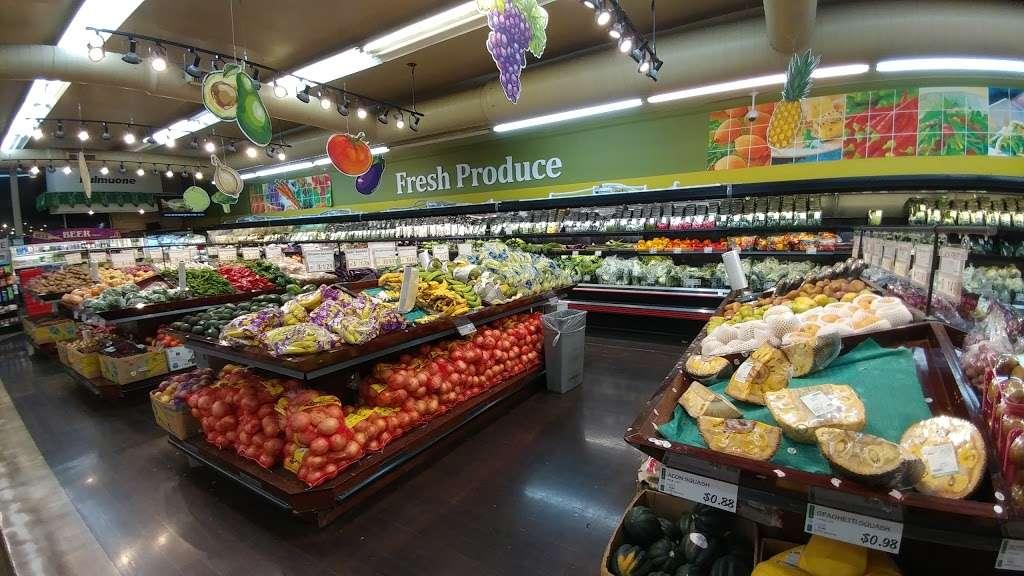 H Mart Union - supermarket  | Photo 2 of 10 | Address: 29-02 Union St, Flushing, NY 11354, USA | Phone: (718) 445-5656