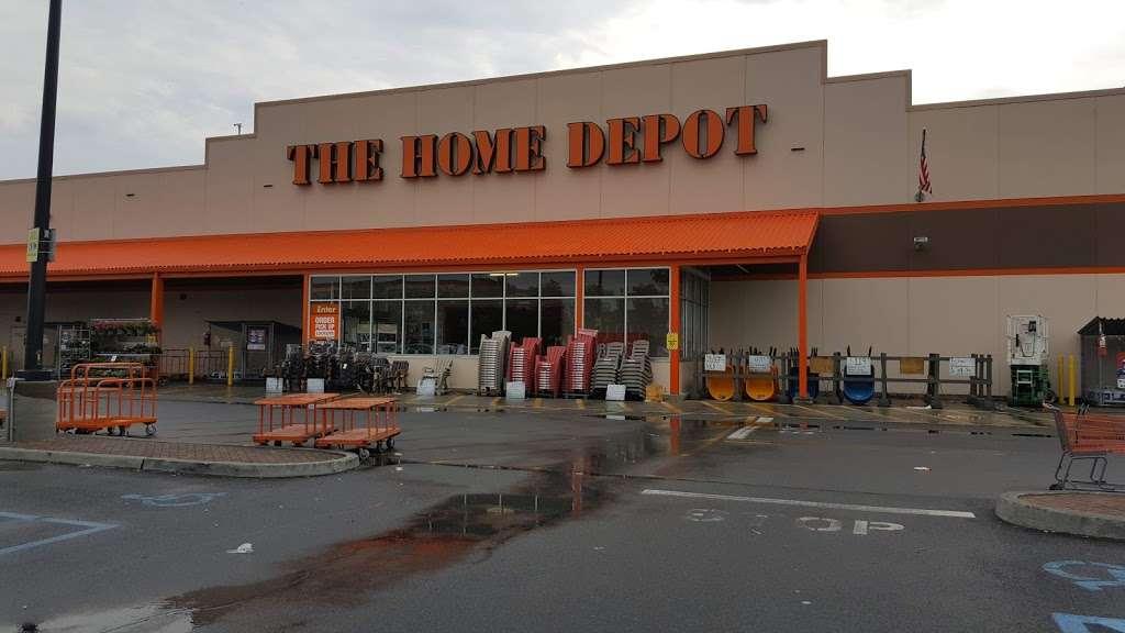 The Home Depot - hardware store  | Photo 5 of 10 | Address: 124-04 31st Ave, Flushing, NY 11354, USA | Phone: (718) 661-4608