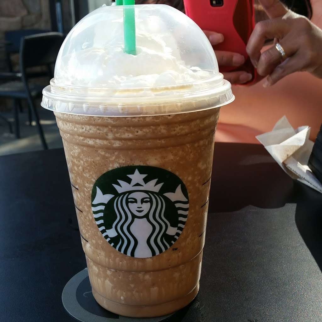 Starbucks - cafe  | Photo 7 of 10 | Address: 30628 Benton Rd B200, Winchester, CA 92596, USA | Phone: (951) 926-3062