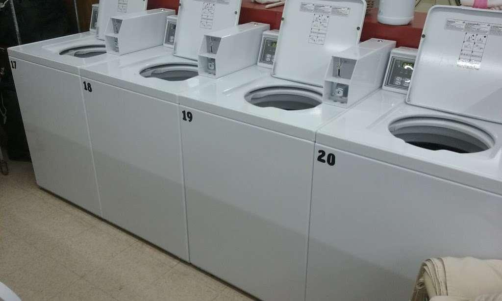 Soap Box laundromat & organic dry cleaning - laundry  | Photo 4 of 6 | Address: 529 10th St, Palisades Park, NJ 07650, USA | Phone: (201) 585-2793
