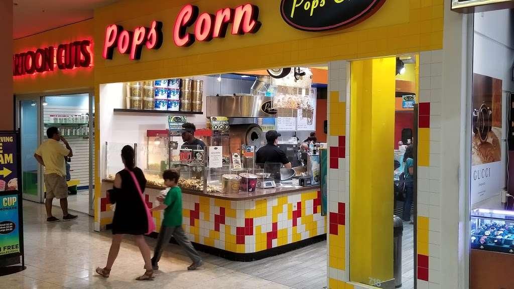 Pops Corn-Free Shipping-100% Guarantee - store  | Photo 3 of 10 | Address: Pembroke Lakes Mall, 11401 Pines Blvd #718, Pembroke Pines, FL 33026, USA | Phone: (954) 349-3499
