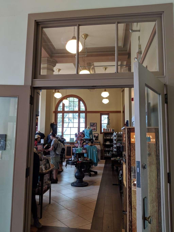 Ellis Island Cafe - restaurant    Photo 10 of 10   Address: Ellis Island, New York, NY 10004, USA