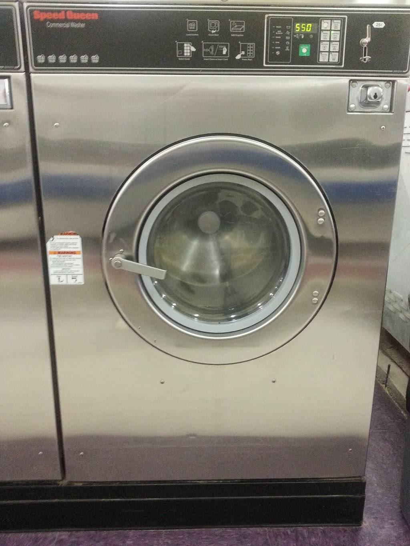 Tias Lavanderia - laundry    Photo 7 of 8   Address: 204 S Nursery Rd #160, Irving, TX 75060, USA   Phone: (972) 438-4338