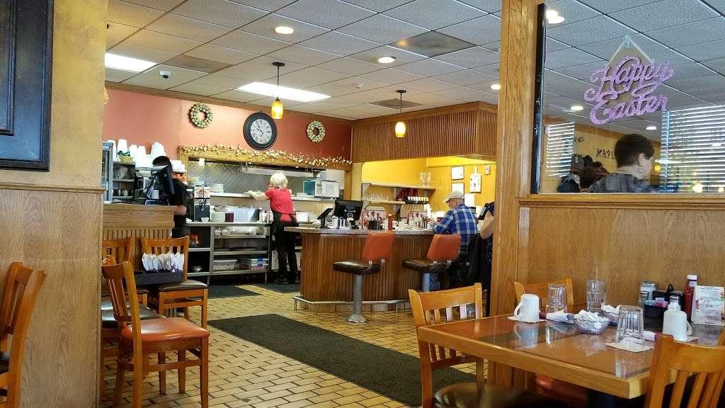 Maple N Jams Cafe - cafe  | Photo 5 of 9 | Address: 6814 W 87th St, Burbank, IL 60459, USA | Phone: (708) 237-1600